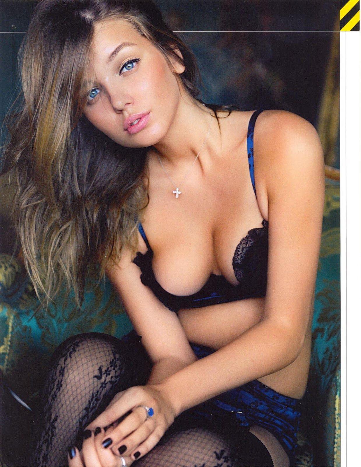 Hot webcam model double dildo penetration 3