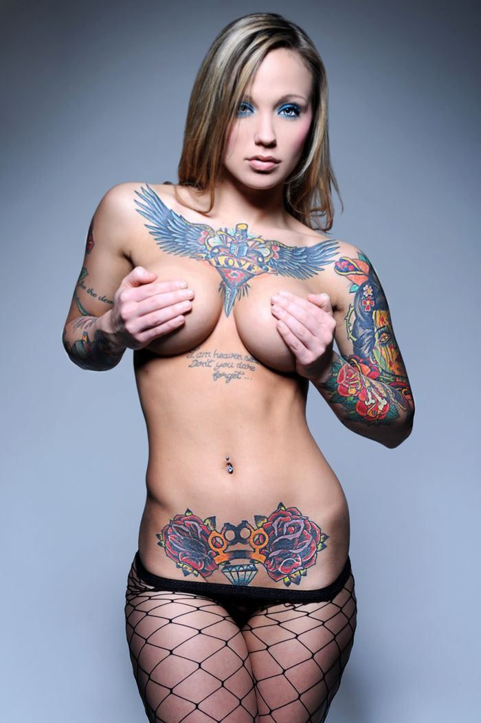hot tattoo girl