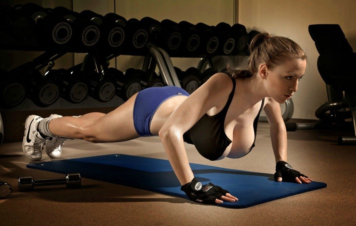 jordan carver gym, crossfit, fitness, boobs