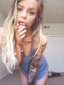 Super hot babe piercing and tattoo