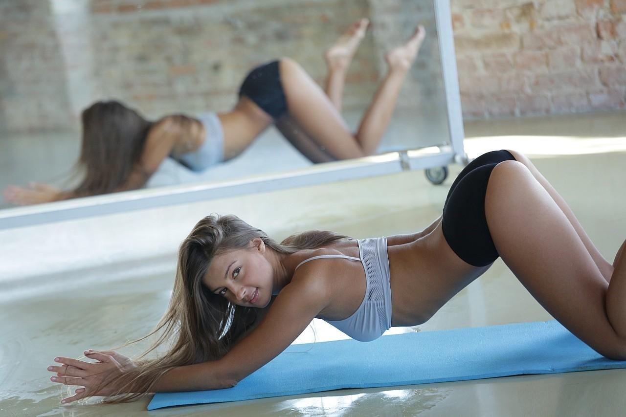 Maria Ryabushkina fitness class