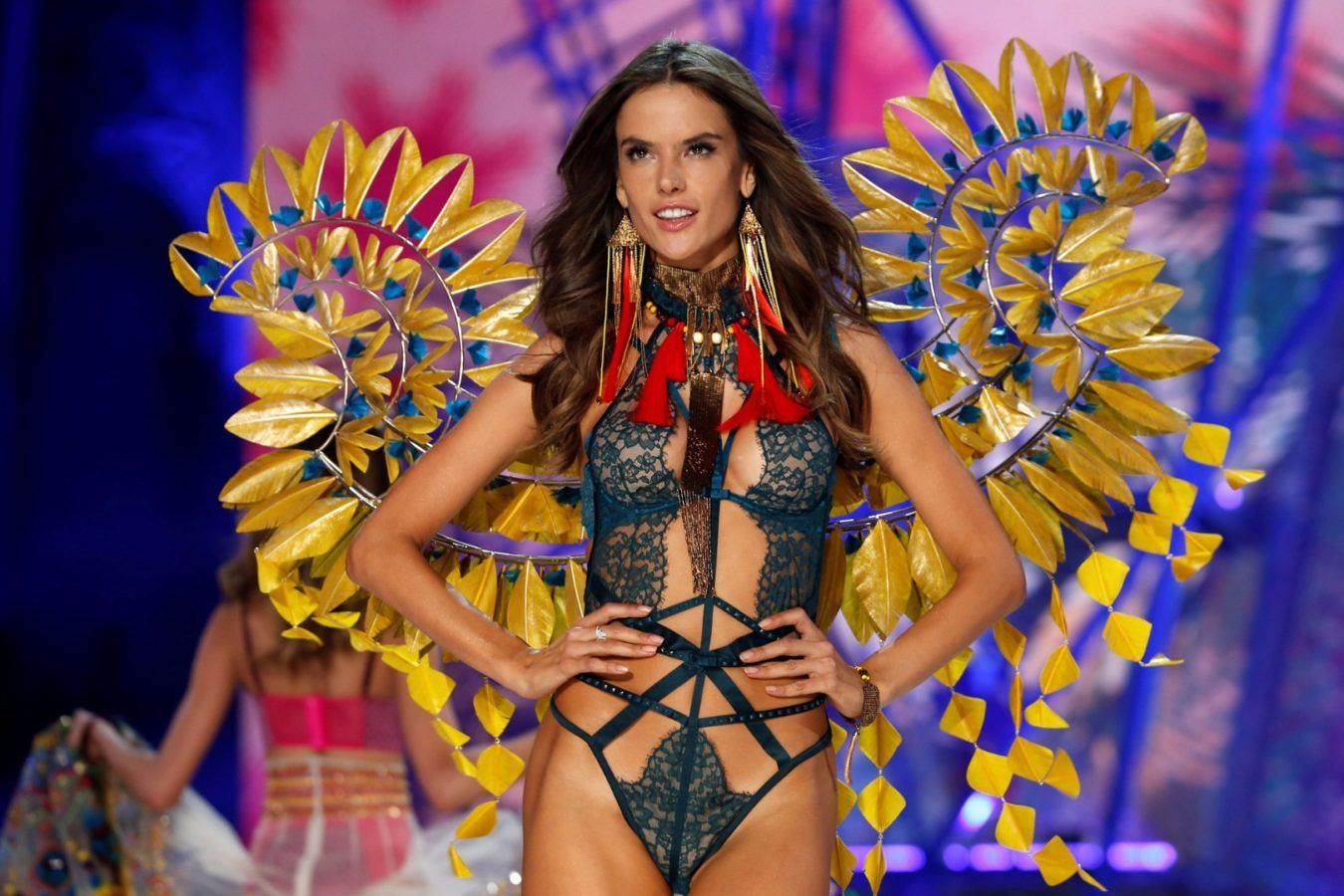 Alessandra Ambrosio Vitoria Secret 2016