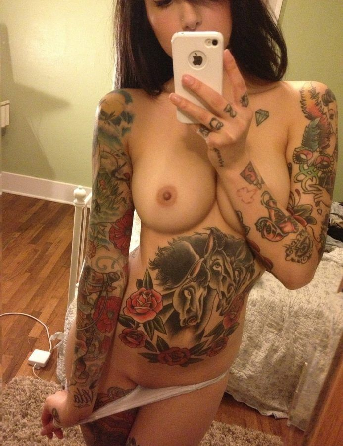 Tatted-Girl-Has-Nice-Tits