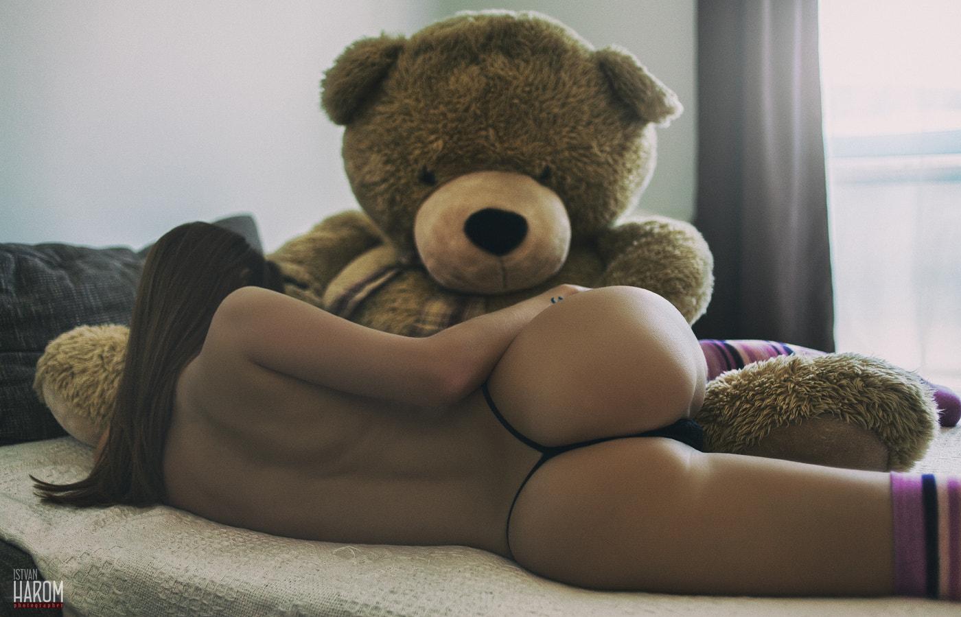 women-brunette-lying-on-side-teddy-bears-topless-