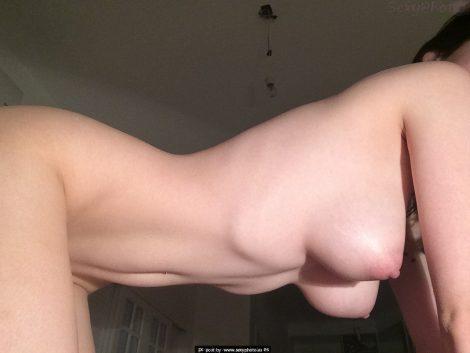 boobs four legs