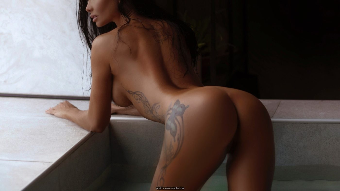 perfect ass sexy body