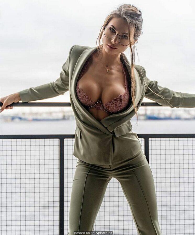 non nude sexy photos-sexy anda fashion - fotos sexis vestidas - fotos provocadoras