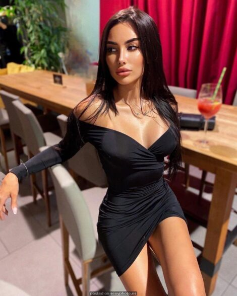 Sexy fashion, hot minidress, hot and sex non nude girls