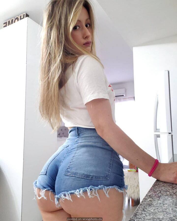 Victoria Vazquez model, Victoria Vazquez busty ass, Victoria Vazquez influencer hot sexy