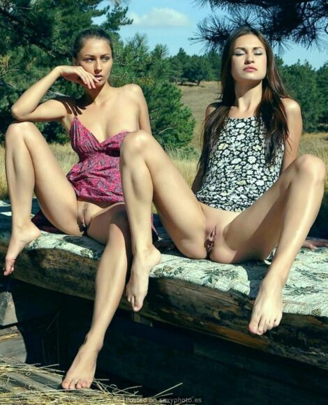 Upskirt teen pussy, pussy and open as, coños y culos abiertos60
