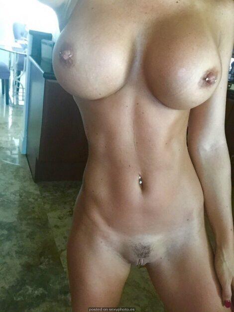 amateur nuede piercings nipples