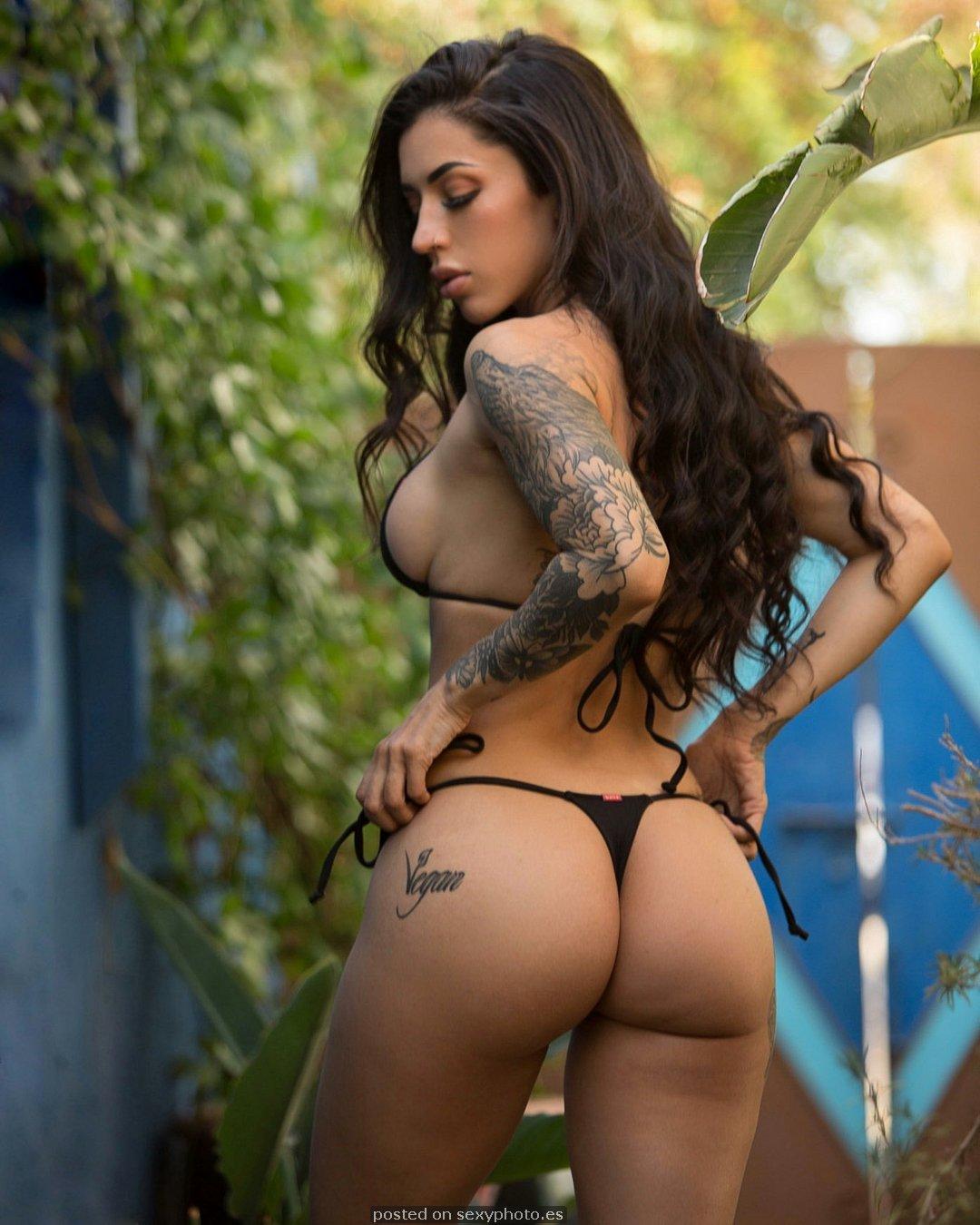 bianca taylor ass, bianca taylor influencer bikini, bianca taylor celebrity nipples_2