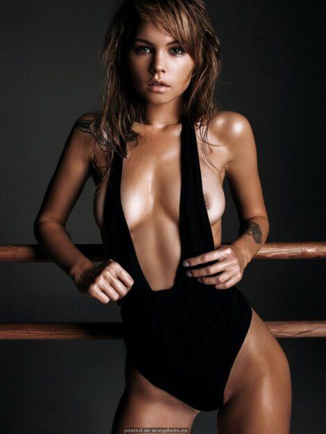 boobs, ANASTASIYA SCHEGLOVA nude, ANASTASIYA SCHEGLOVA celebrity nipples_10
