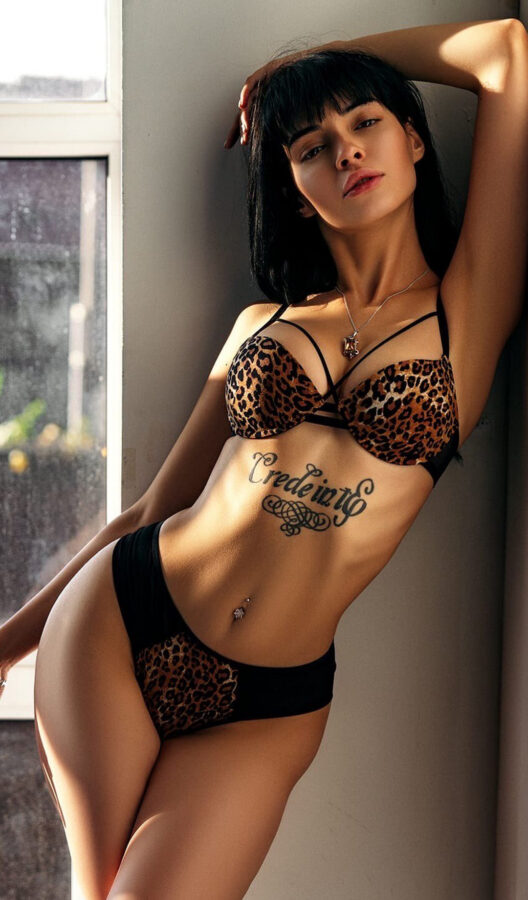 tattos sexy tatuajes chicas hot culos busty ass