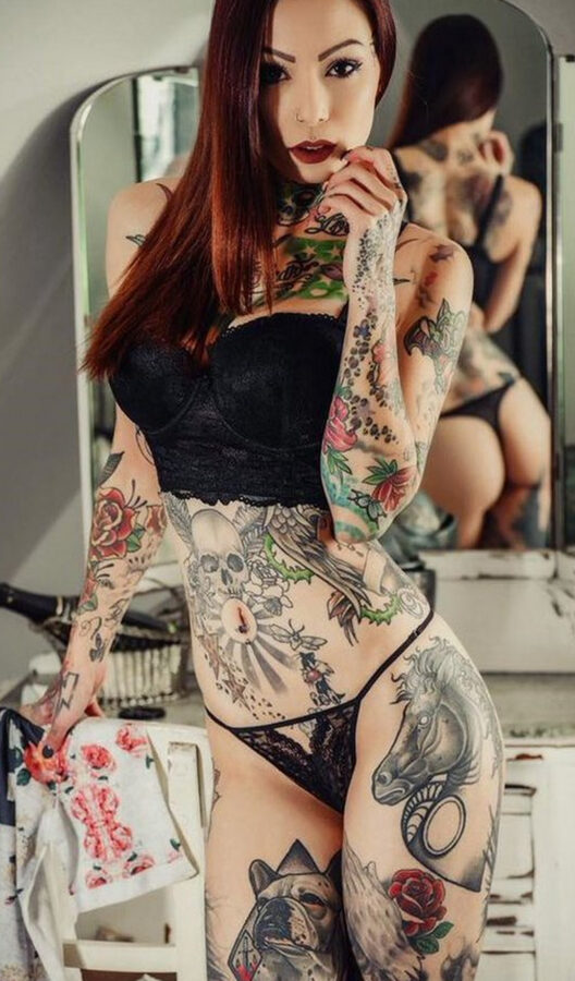 tattos sexy tatuajes chicas hot culos busty ass
